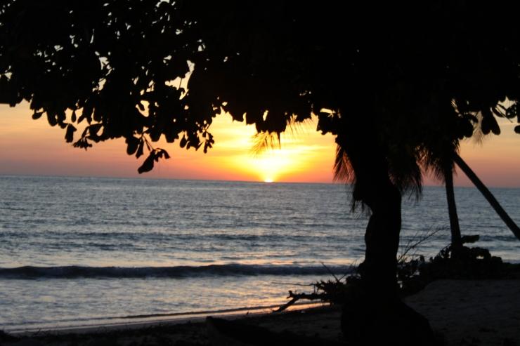 A sunset in Port Salut ©Lodz Joseph